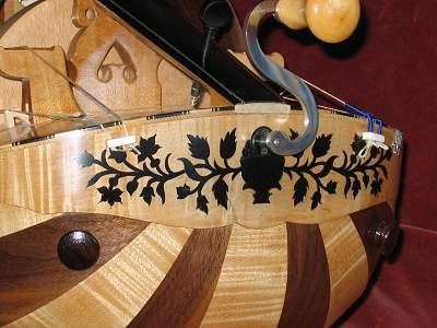 Clasp detail of Nigout Hurdy Gurdy by Chris Allen and Sabina Kormylo